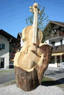 bass guitar tree